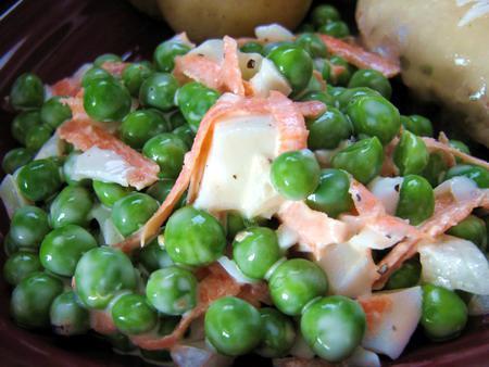 Mom's Pea Salad