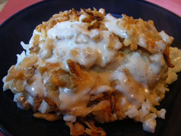 Smothered Chicken With Gravy and Rice