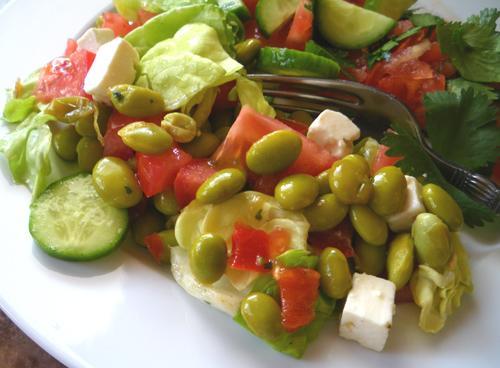 Mediterranean Salad With Edamame