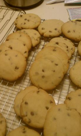 Crumbly Chocolate Chip Cookies