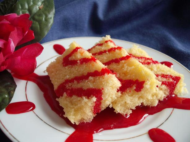 Iraqi Vanilla Cake With Pomegranate Sauce
