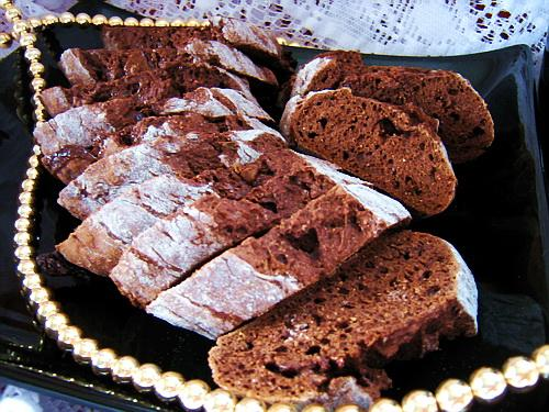 Healthy Low-Calorie Chocolate Biscotti