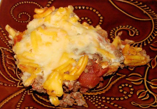 Cheddar Macaroni Beef Casserole