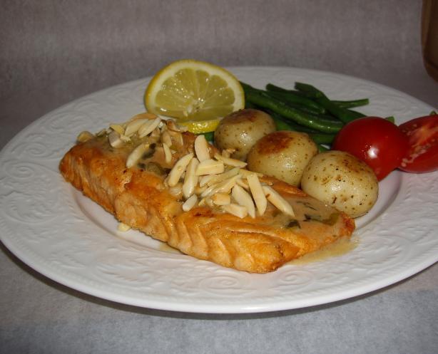 Salmon Amandine