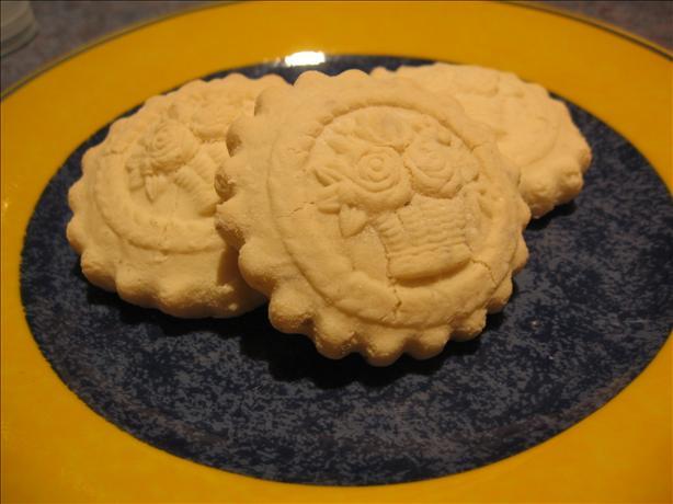Anisbroetli (Aniseed Biscuits)