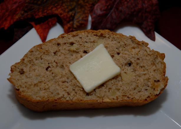 Easy Fall Favorite Apple Bread