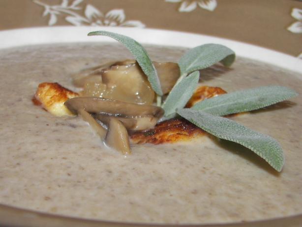 Mushroom Soup With Halloumi Croutons