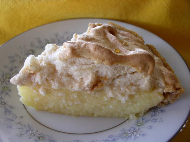 Creamy Pineapple Pie With Brown Sugar Meringue