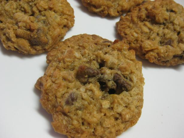 The Best Chocolate Chip Oatmeal Cookies