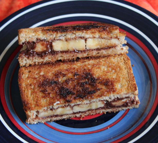 Banana and Nutella Sandwiches