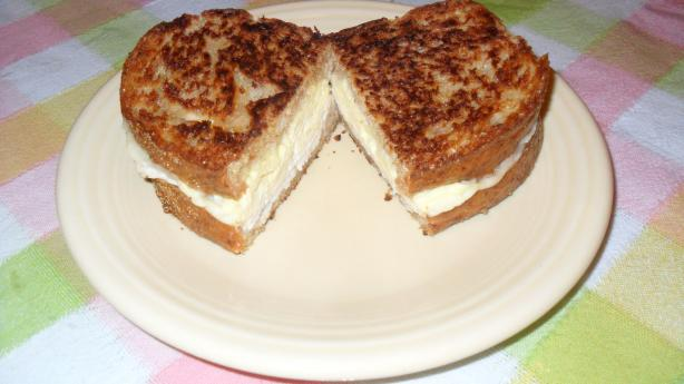 Herbed Breakfast Sandwich