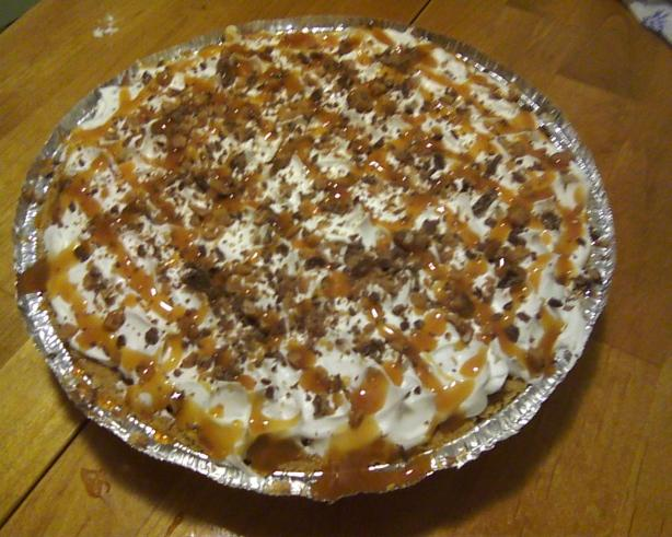 Caramel Drizzled Butterscotch Toffee Crunch Pie