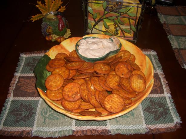 Hot Crackers With Fiesta Dip