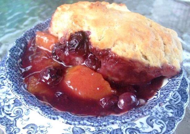 Old Fashioned Peach & Blueberry Cobbler