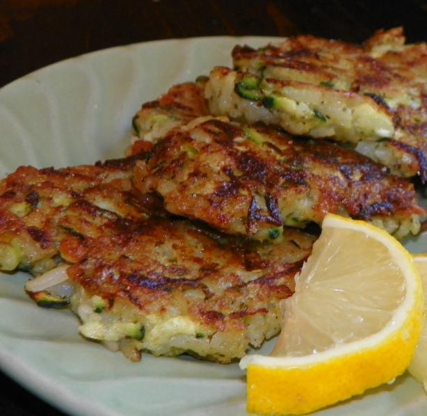 Zucchini & Pesto Rice Cakes