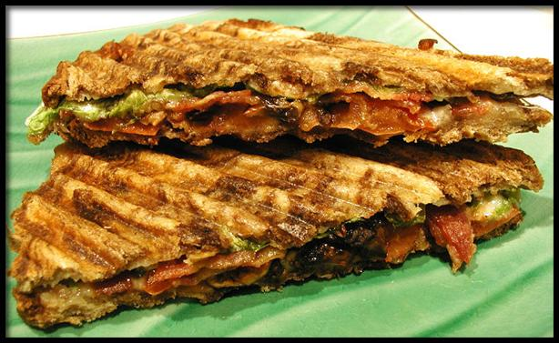 Bat-P (Bacon, Arugula and Tomato Panini)