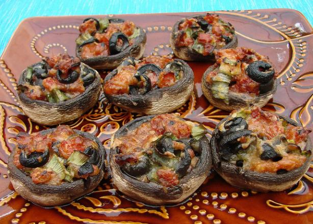 Tuscan Mushroom Hors D' Oeuvres