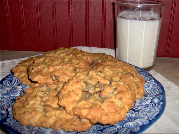Chip-Oat-Nut Cookies