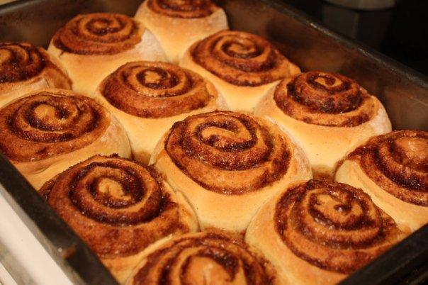 T.j. Cinnamon's Cinnamon Rolls