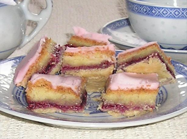 Aunt Helen's Almond-Raspberry Rice Squares