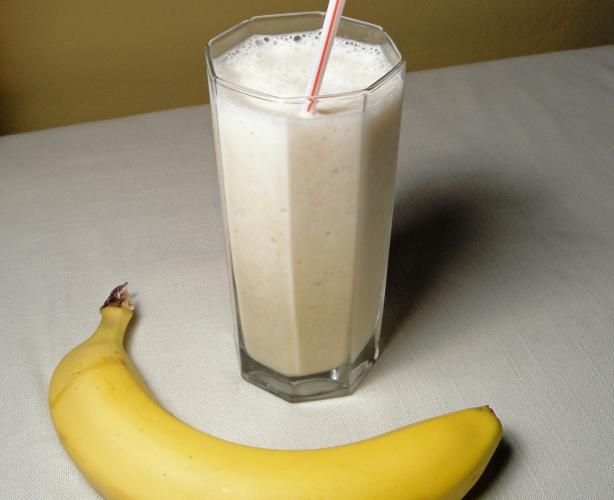 Little Lachie's Banana Smoothie.