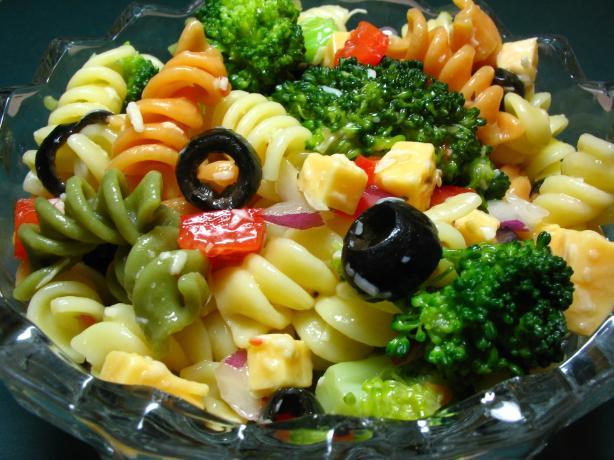 Pretty Party Pasta Salad