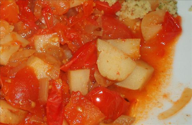 Easy Tomato and Potato Curry
