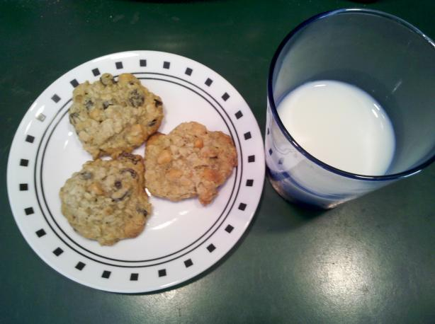 Butterscotch Oatmeal Raisin Cookies