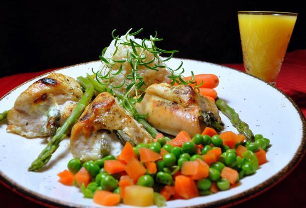 Creamy Asparagus-Stuffed Chicken Breast