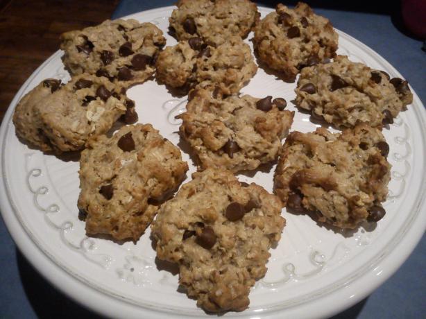 Vegan Chocolate Chip Oatmeal Nut Cookies