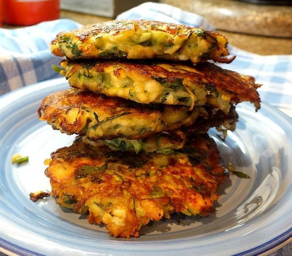 Zucchini Fritters (Kolokithopitta)