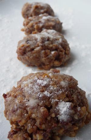 Cinnamon-Walnut Cookies (Vegan)