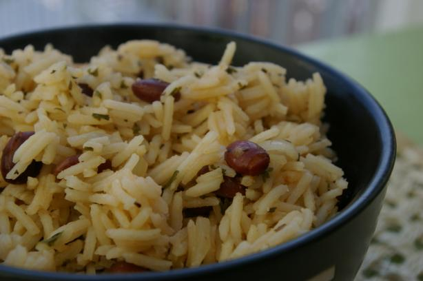 Dominican Moro De Habichuelas Negras ( Rice and Beans)