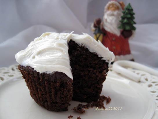 Amanda's Gingerbread Cupcakes