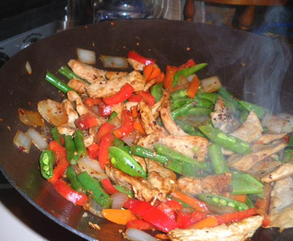Pork and Green Bean Stir-Fry With Peanuts