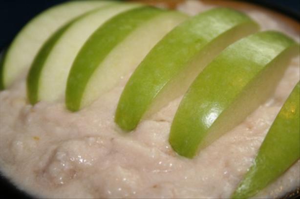 Glyko Me Mila Kai Bananes: Apple and Banana Pudding