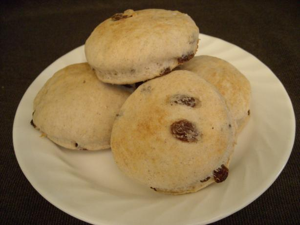 Cinnamon Raisin Biscuits (Hardees Clone)