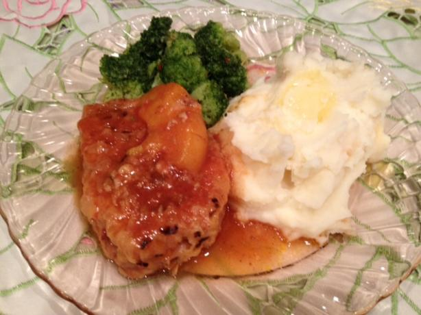 Peachy Crock Pot Pork Chops
