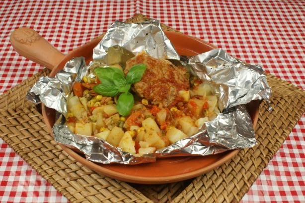Tuscan Tater 'n Turkey Picnic Packets