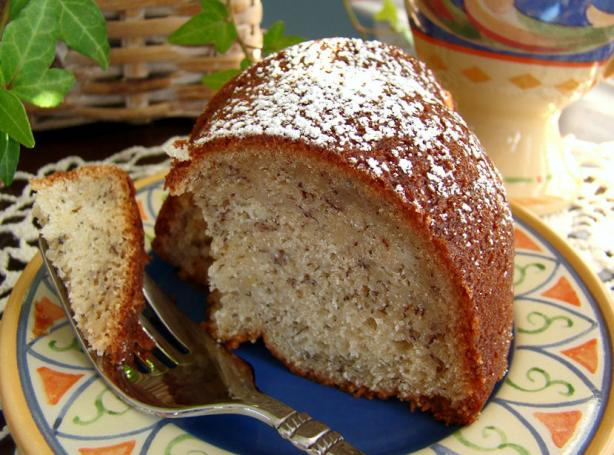 Bananas 'n Cream Bundt Cake