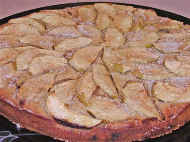 English Apple Cinnamon Coffee Cake