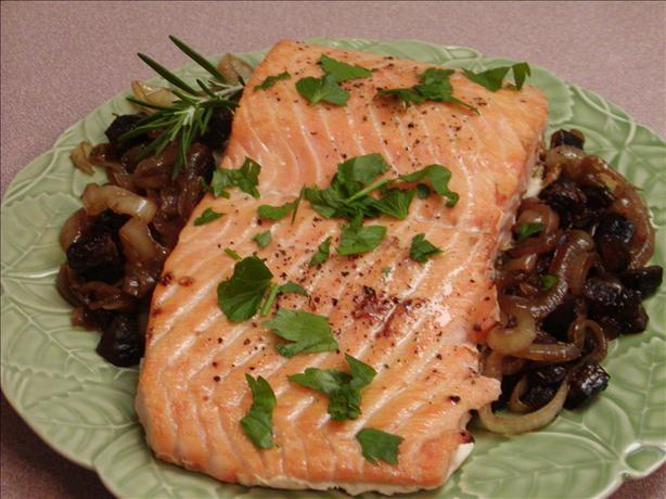 Roasted Salmon With Caramelized Onions and Figs