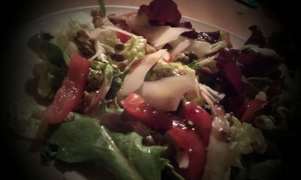 Red Leaf Lettuce With Roasted Red Pepper Salad
