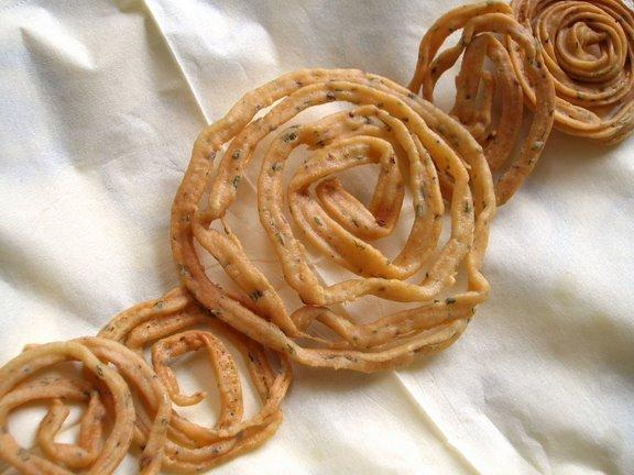 Easy Tasty Murukku