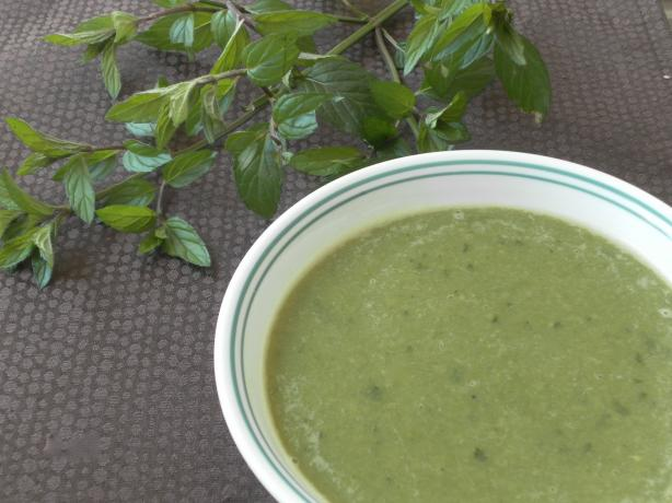 Peppermint, Spinach and Pea Soup