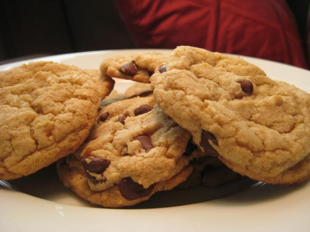 Chewy Choco-Chip Cookies