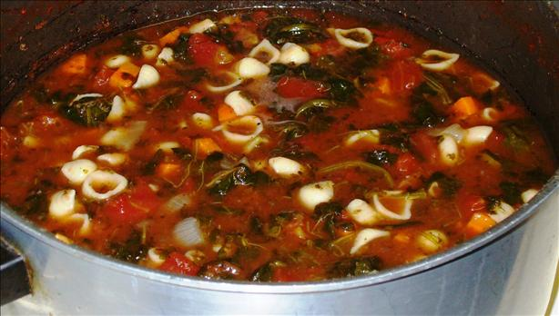 Tomato Florentine Soup With Pasta