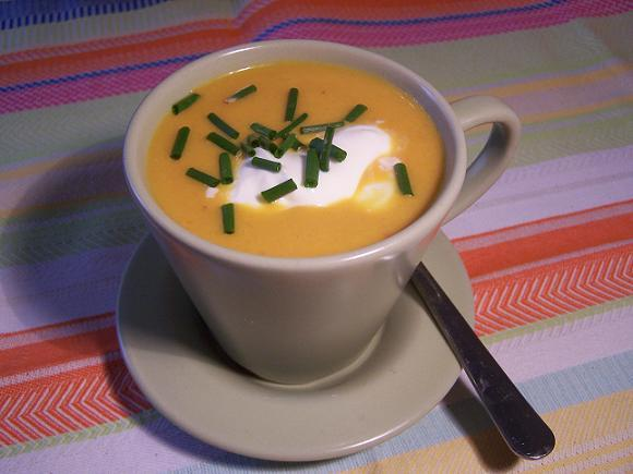 Spicy Carrot Peanut Soup