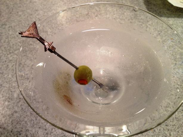 Dry Bombay Blue Sapphire Martini