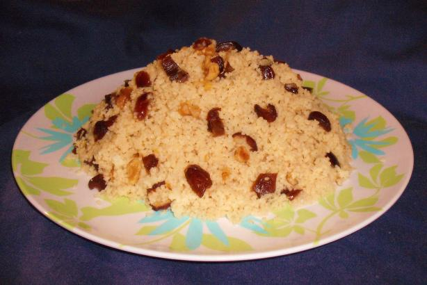Mesfouf Qsentena - Sweet Couscous With Dates & Nuts